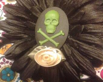 Skull & Crossbones Hair Flower- black