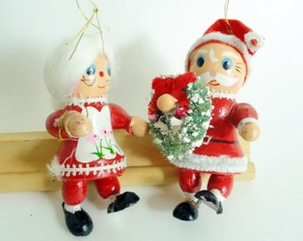 Claus Couple, Vintage Santa Claus and Mrs. Claus, Made in Japan, Wooden