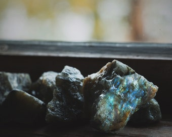 5 Rough Labradorite Stones