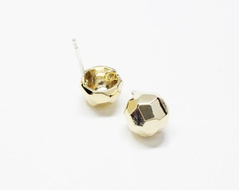 E0109/Anti-Tarnished Gold Plating Over Brass/Faceted Half Ball Stud Earrings/8mm/1 pair