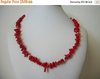 ON SALE Vintage Red Tone Plastic Beaded Necklace 628