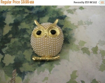 ON SALE Retro Over Sized Heavier Gold Tone Faux Pearls Clear Rhinestones Black Etched Stones Chubby Owl Pin 21917