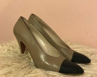 Chanel heels size 8! Amazing vintage find