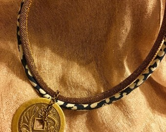 Short Gold Mesh and Yen Pendant Necklace