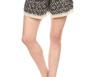 Bohemian Printed Belt Trimmed Shorts / SP-1018