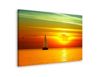 Yacht in the Sunset  - Framed Seascape Wall Art Canvas Print // 5 Sizes // High Quality // Fast & Free shipping to EU
