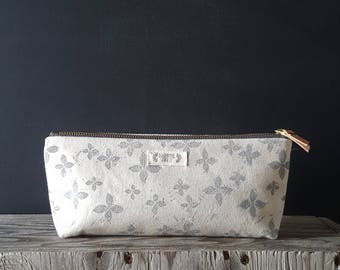 Floral zippered pouch - charcoal