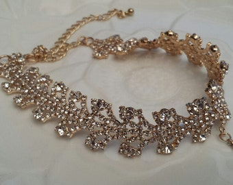 Gold Choker w/Rhinestone Drop, Modern Bridal Rhinestone Choker, Stylish Wedding Jewelry (C0315G)