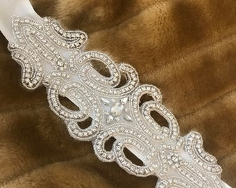 Rhinestones belt - Jeilyné Santana Bridal Collection
