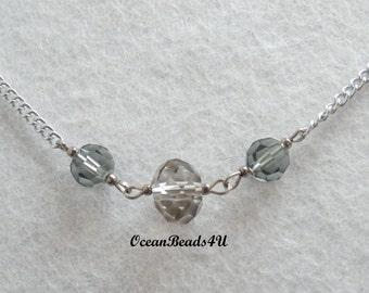 Chain Necklace with Grey Swarovkis