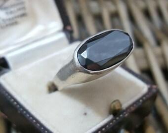 Vintage solid silver ring, large hematite gemstone, size n1/2