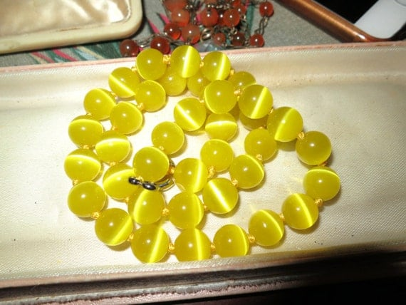 Lovely 10mm knotted yellow opaque opal glass beaded necklace