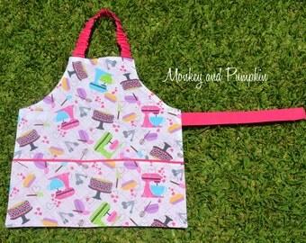 Girls apron, kids apron, Self-sufficiency apron, Montessori apron, childrens apron, preschool apron, 3 to 5 years, kitchen mixer, pink