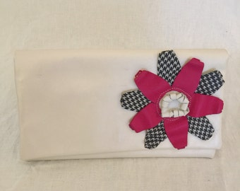 White leather flower clutch