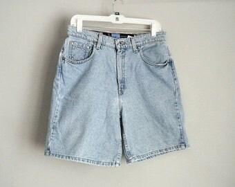 Levi Size 11 / 12 High Waist Bermuda Jean Shorts