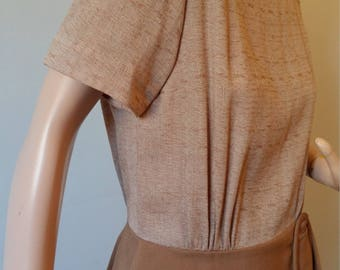 40s Day Dress Vintage Minx Mode 1940s 50's Afternoon Sheath Dress Brown Caramel  Slub Weave