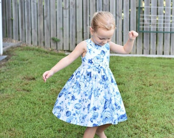 Dress // tea party // blue // floral // girl gift // occassion