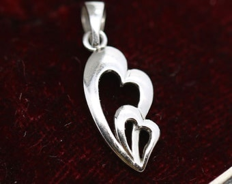 Pretty heart-shaped interlaced platinum pendant 950 PT950 Love jewel