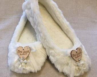 Bride slippers with Dimonte centered flowers and mini ribbon loops