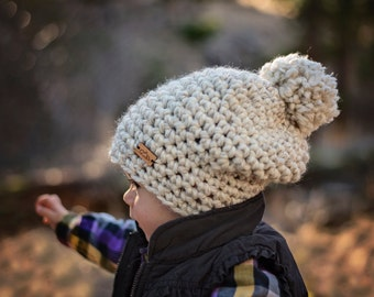 Children's alpine pompom hat