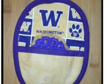 Potholder with matching scrubbie, university logo (Washington Huskies)