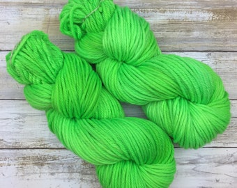 Frothy Bulky Weight | Hand Dyed Yarn | Superwash Merino Wool | 100 g. | Lime Green