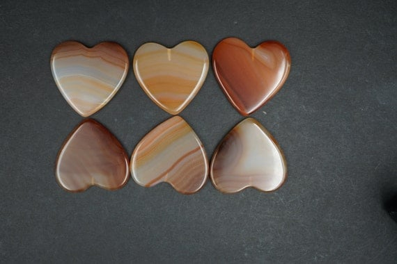 Lot of 6 Heart Shaped Smooth Agate Stones A-17