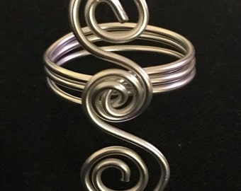 Silver Double Spiral Scarf Holder