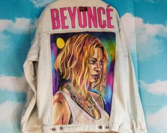 Bleached blue jeans jacket K4U-Créations Beyoncé hand-painted pattern