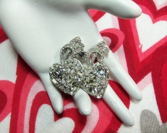 Gorgeous Clear Rhinestone Floral Double Heart Silver Tone Vintage Pin Brooch Elegant Valentine