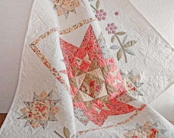 Applique Shabby Chic Baby Girl Quilt, Cottage Style