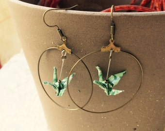 "Green origami Creole bronze ""camouflage"" bird earrings"