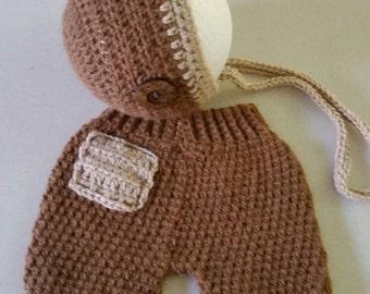 Baby boys clothes /brown shorts and bonnet/brown newborn pants/newbornprops /newbornphotography /Baby knits/Baby clothes/Newborn shorts