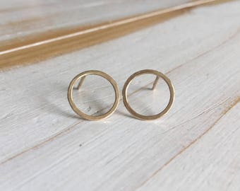 Gold Circle Studs, Gold Circle Earrings, 9ct Gold Circle Studs, Minimalist Gold Earrings, Solid Gold Earrings, Yellow Gold Circle Earrings
