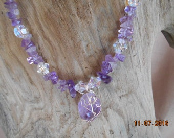 Proctective Necklace, Wire Wrapped Amethyst With 12 Large Crystals!