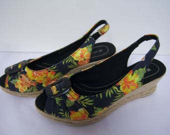 Naturalizer Wedge Heel, Slingback Peep Toe Sandals, Marked Size 10, New Never Worn, No Original Box, Cloth Uppers,  Yellow Floral Design