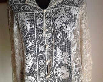 File hand embroidered blouse