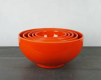 Set of 5 orange bowls, 1970