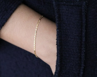 Dainty Gold Bracelet - Simple Bracelet - Minimalist Jewelry - Gold Layering Bracelet - Gift for Her - Stacking Bracelet - Delicate Bracelet