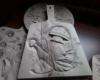Wood Breadbord carved