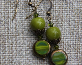 Picasso Olive Bronze Table cut Czech Glass Swarovski earring