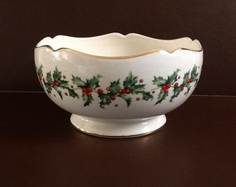 Lovely Lenox Holly Bowl