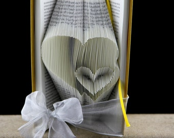 Gift For Girlfriend, Book Art Sculpture Gift For Her, Birthday Gift For Girlfriend, Girlfriend Present, Custom Anniversary Present, Unique