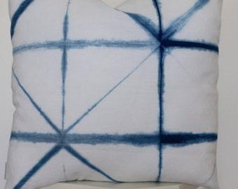 shibori pillow // Indigo cushion // tie dye throw pillow