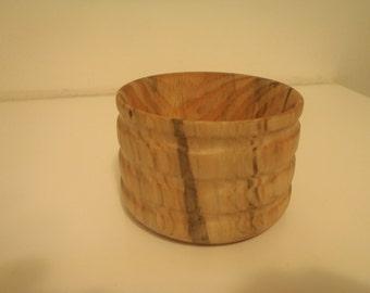 Hard wood turned bowl, natural.