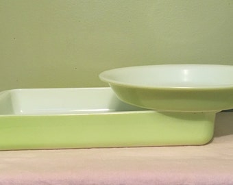 Lime Green Pyrex Casserole Dish and Pie Plate