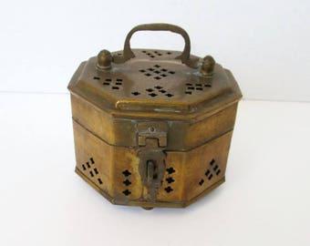 Brass Cricket Box with Feet    Trinket Box