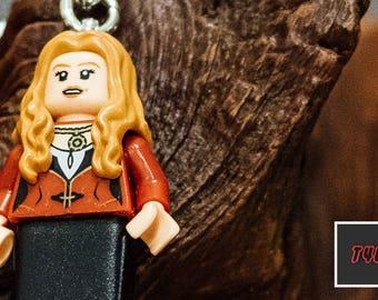 Elizabeth Swan Lego keychain USB stick (SanDisk)