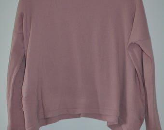 Sale $ 10!  Old vintage sweater pink shoulders drooping S/M