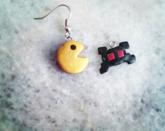 Pac man earrings from polymer clay